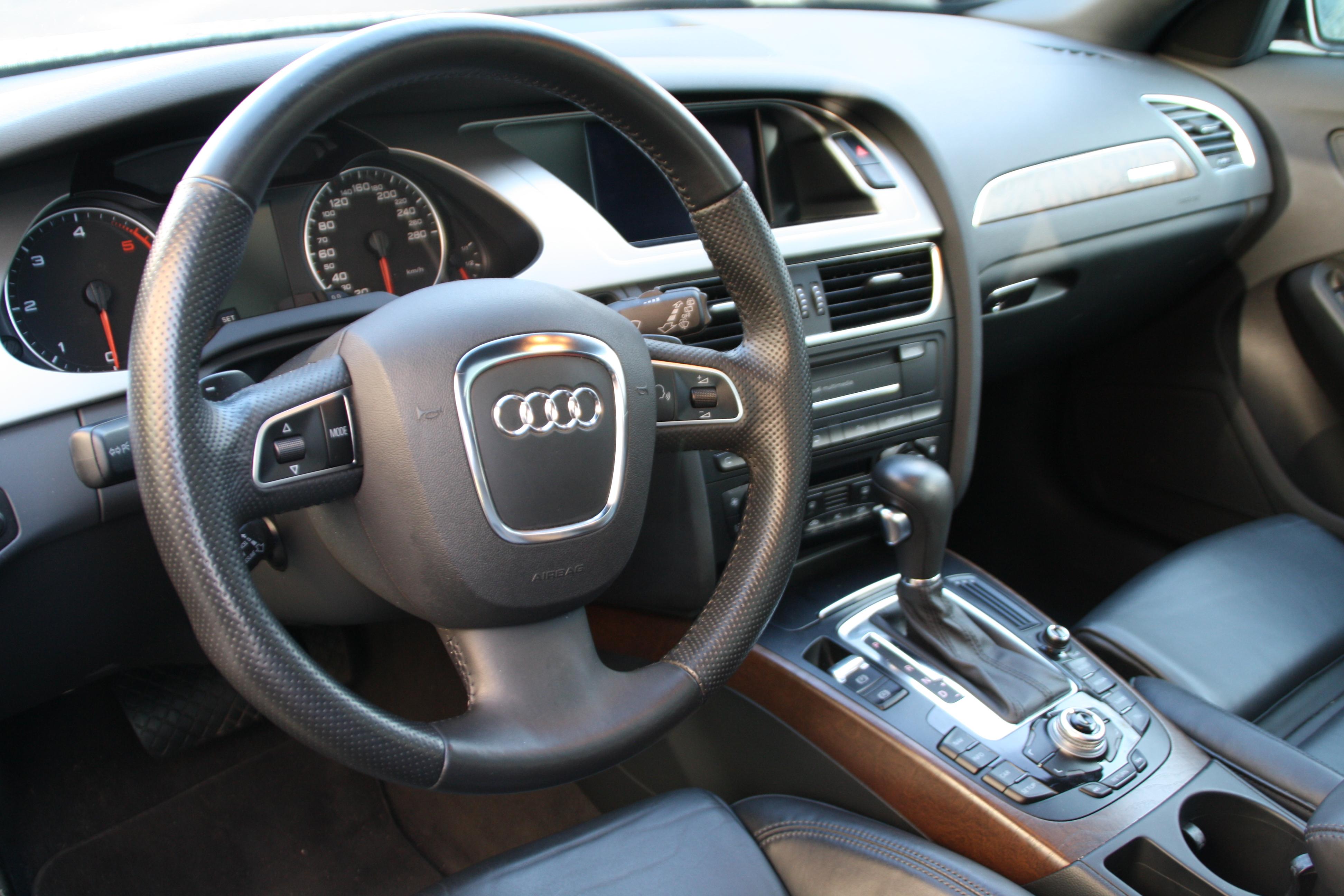 Audi a4 allroad 3 0 v6 quatro for Lederen interieur audi a4